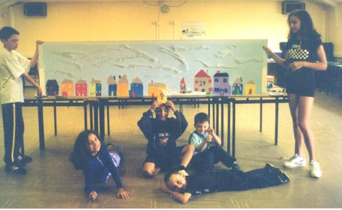 Worton Road Community Centre Summer Mural Project, August 1997. Environmental Theme. The first artistic production directed and co-produced by 'Making Murals: Art for and by the Community. Were you there?